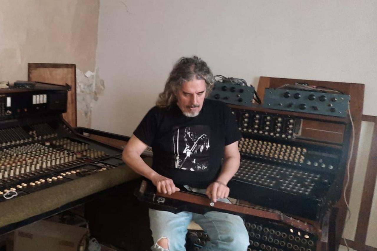 """Gabriel """"Conejo"""" Jolivet: guitarrista de grandes guitarristas"""
